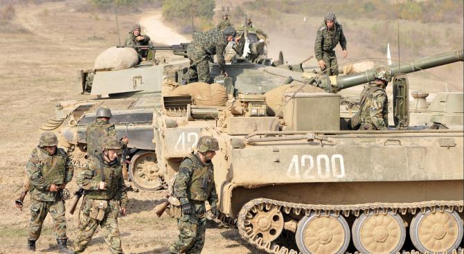 Шестокласници от Белене се запознаха с мисиите и задачите на Българската армия
