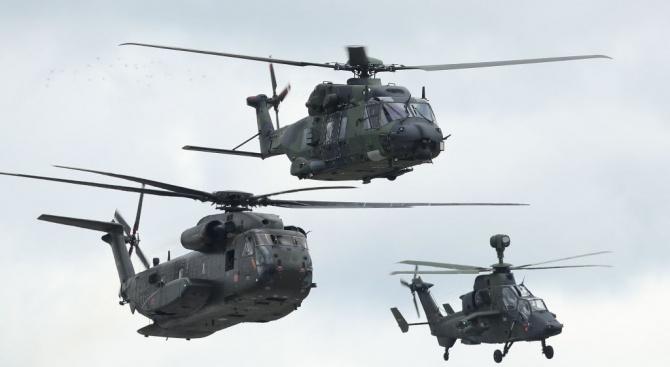 САЩ доставят на Босна 4 военни хеликоптера