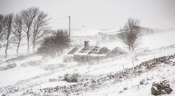 Снежна буря причини смъртта на един човек в Исландия