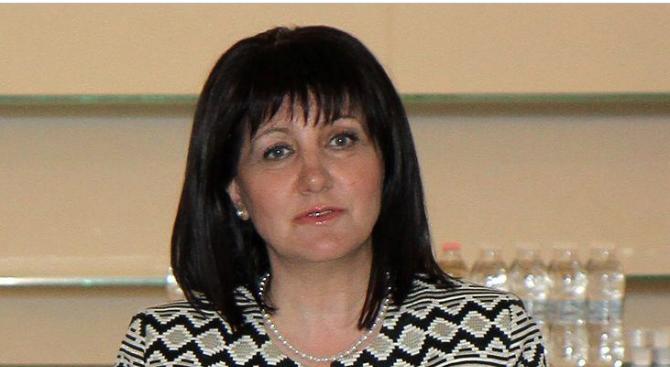 Цвета Караянчева ще участва в церемонията по връчване на Четвъртите годишни награди в туризма за 2019 г.