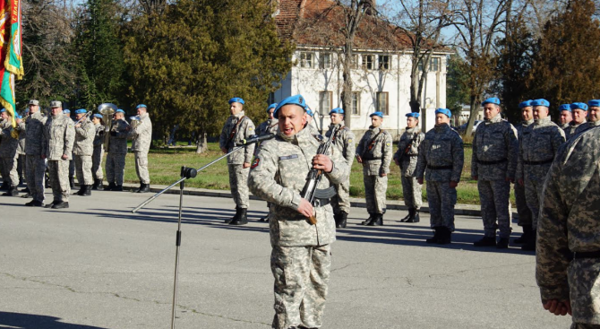 Новоприети кадрови войници положиха клетва в авиобаза Граф Игнатиево