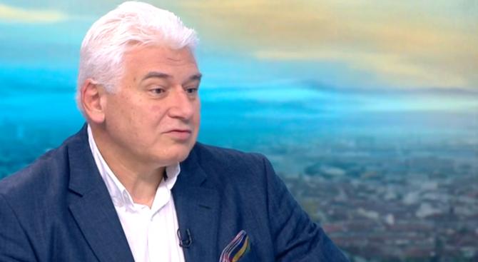 Пламен Киров: Конституцията ни е под натиск не от скоро