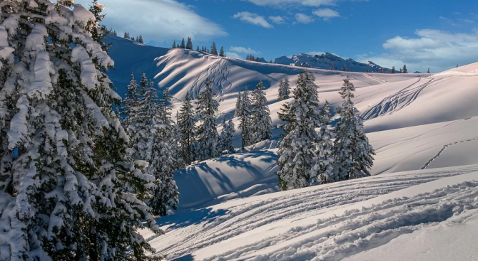Експерти: Климатичните промени правят Алпите по-опасни