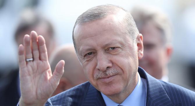 Ердоган пристигна в Малайзия