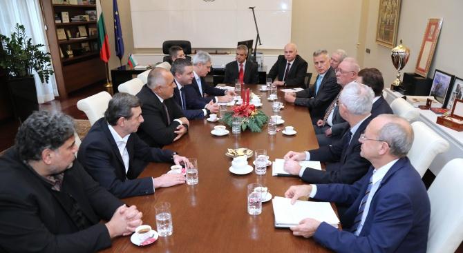 България облекчава трудовата имиграция по примера на Германия