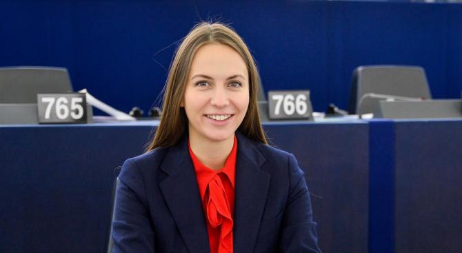 Ева Майдел: Финансирането на идеи и малки бизнеси в Европа вече ще е много по-лесно и достъпно