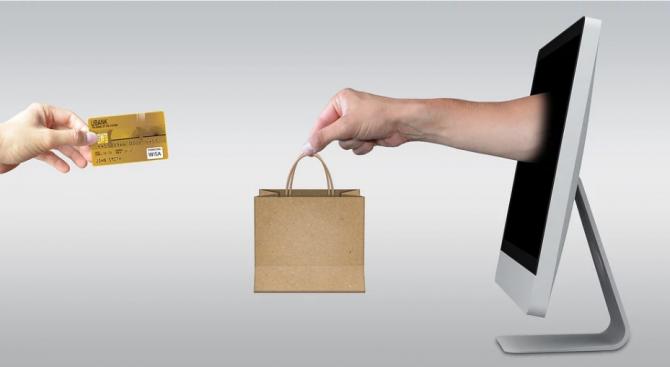 МФ предлага промени в наредба, свързана с отчитането на продажбите през електронен магазин