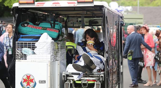 Блъсканица на опашка в мол в Австралия вкара петима души в болница