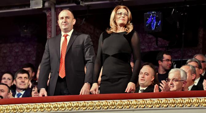 """Румен Радев и Десислава Радева ще присъстват на благотворителния спектакъл """"Българската Коледа"""""""