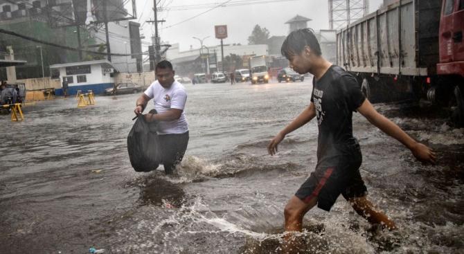 Тайфунът Фанфон взе 16 жертви на Филипините