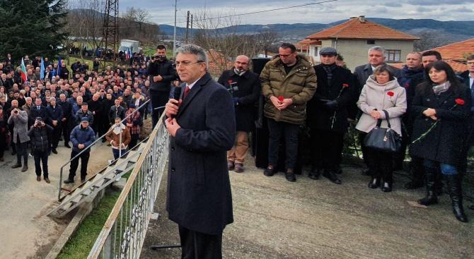 Мустафа Карадайъ: Демокрацията не е на нивото, на което би трябвало да бъде