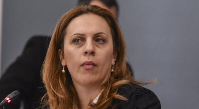Марияна Николова: Задача на правителството е да държи сметка за баланса на интересите