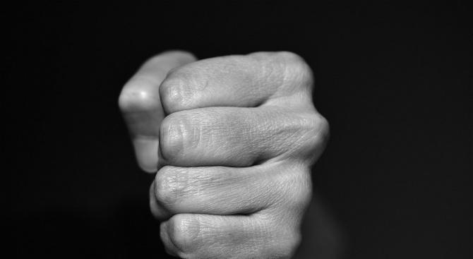 Мъж е с опасност за живота след побой в Разлог