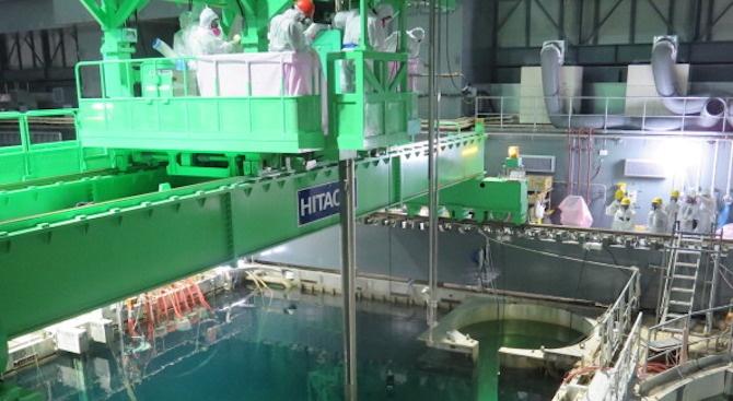 """Япония отлага плановете за изнасяне на отработеното гориво от ядрената централа """"Фукушима"""""""