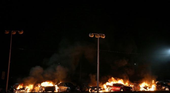 В Страсбург подпалиха 220 автомобила в новогодишната нощ