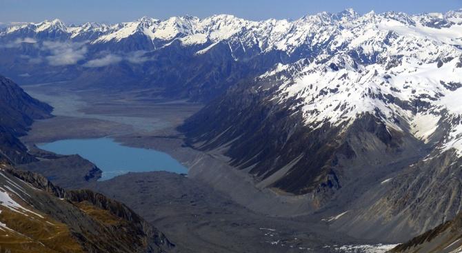 Заради австралийските пожари новозеландските ледници станаха кафяви
