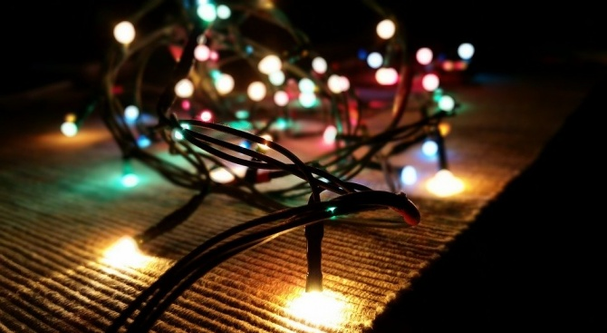 6% повече електроенергия са използвали абонатите на EVN около Нова година