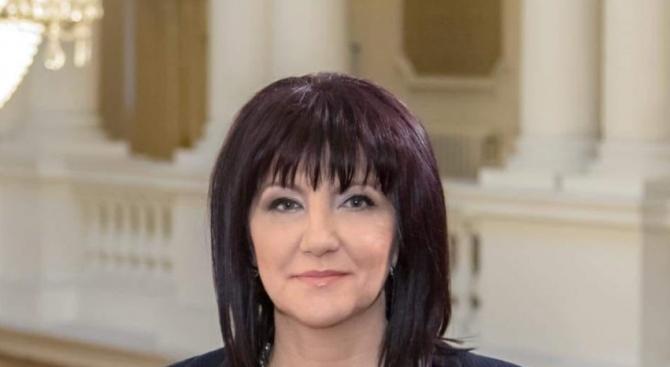 Цвета Караянчева ще присъства на тържествения Богоявленски ритуал в Кърджали