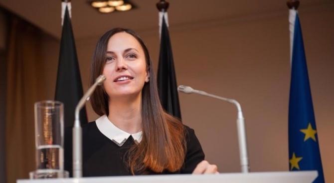 Ева Майдел: Климатичните промени не опират само до това какви сламки използваме