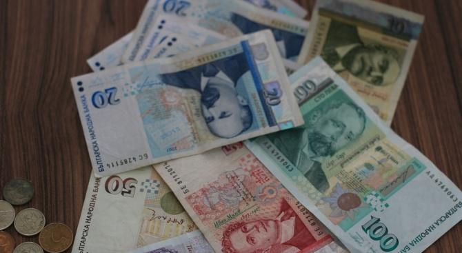 Експерт: Ръстът на заплатите ще продължи с бързи темпове