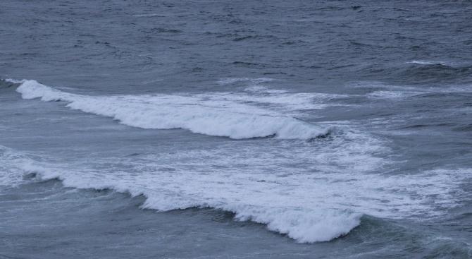 Труп на жена изхвърли морето край Созопол