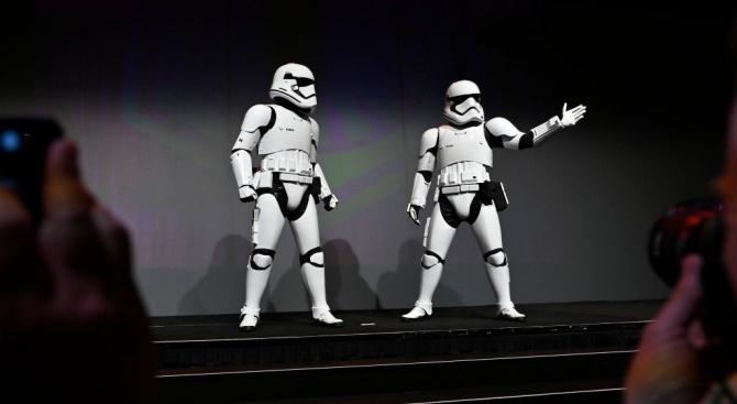 """""""Междузвездни войни"""" продължава да е най-гледан и след Новата година"""