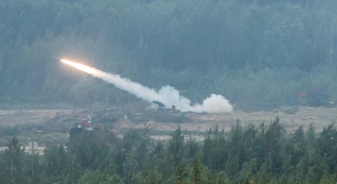 """Киев: Ракета може да е свалила нашия """"Боинг"""""""