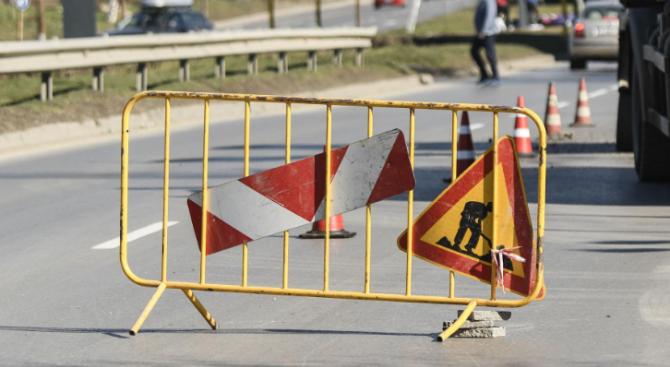 """Асеновград ще актуализира проекта за изграждане на път до манастир """"Света Петка"""""""