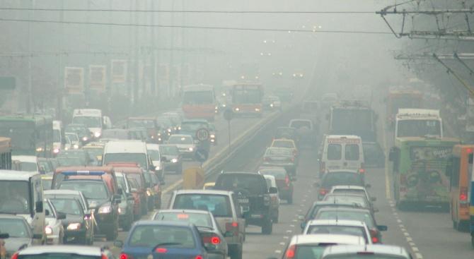 Безплатни буферни паркинги в София в петък заради мръсния въздух