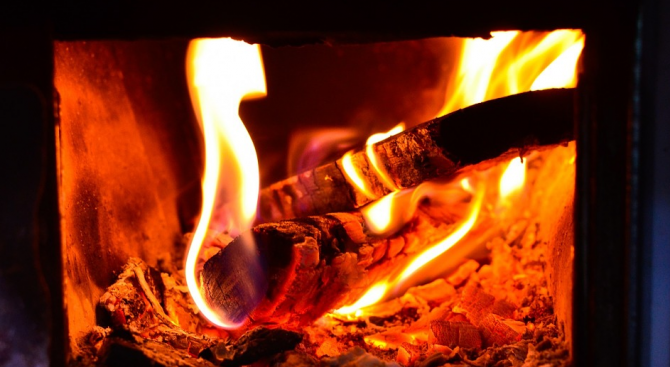 3 акта за горене на непозволени материали са съставени в Русе