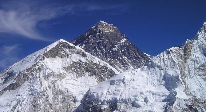 Растителността на Еверест се изкачва все по-високо