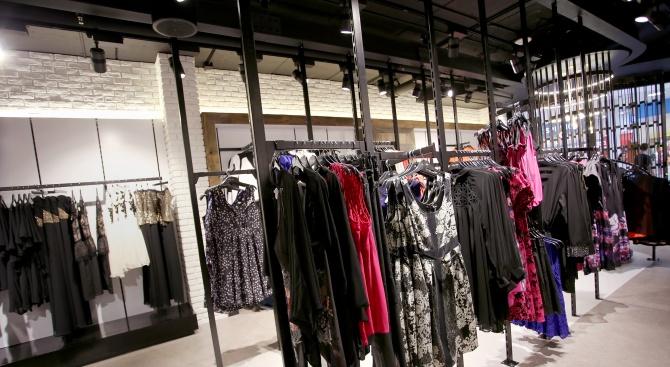Край на неделния шопинг в Сърбия?