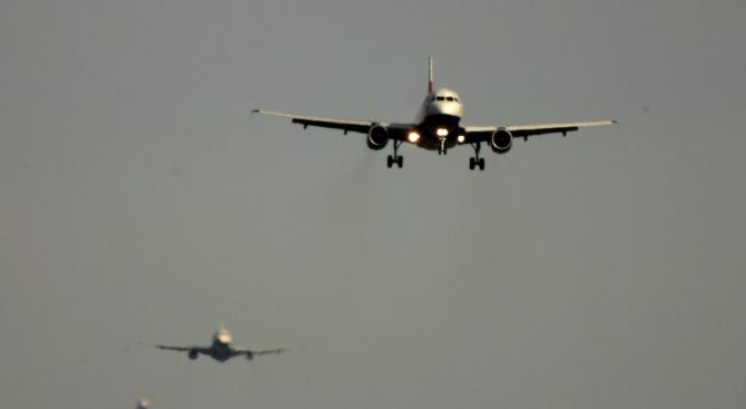 Европейските авиокомпании трябва да избягват иранското въздушно пространство