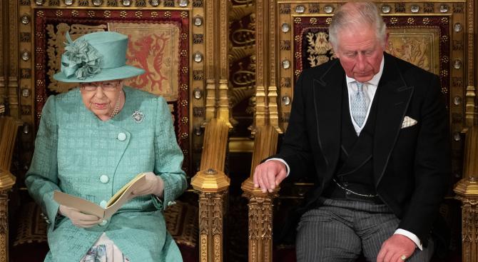 Кралица Елизабет свиква семейна среща заради принц Хари и Меган Маркъл