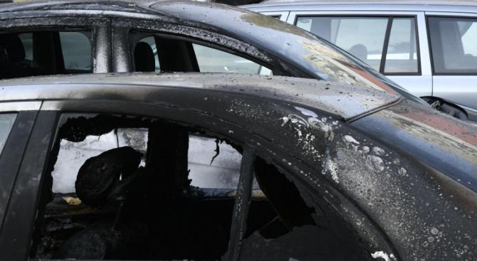 Арестуваха 73-годишен мъж, подпалил кола в сливенско село