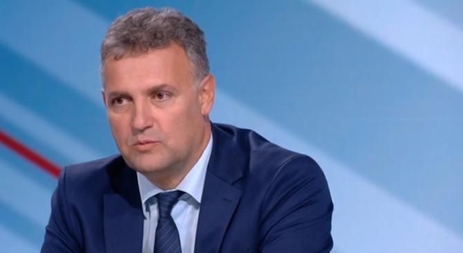 ГЕРБ не прикрива свои хора, обяви Валентин Николов