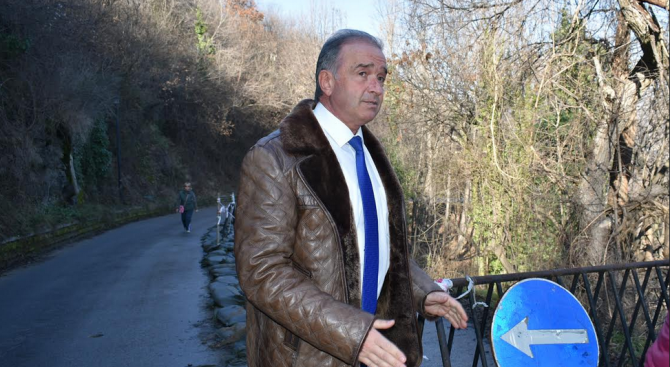 Кметът на Асеновград извърши оглед на дейностите при свлачището под НПК Асенова крепост