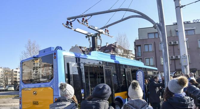 Променя се маршрутът на електробусна линия 123