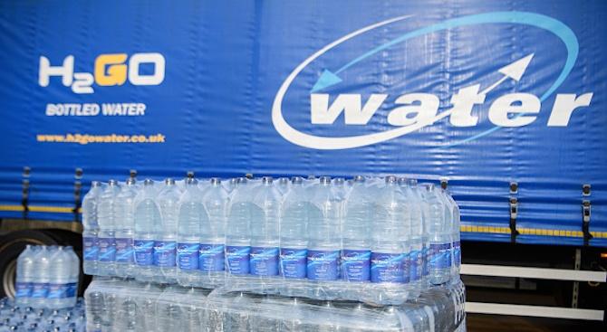 Вода на промоция за 100 лева пуснаха в Шумен и Търговище