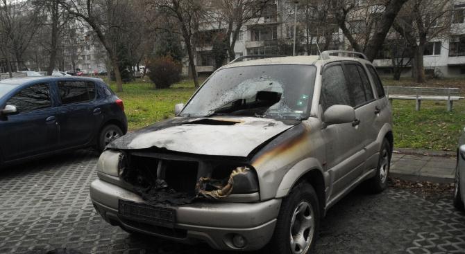 """Опожариха джип на паркинг в бургаския """"Лазур"""""""