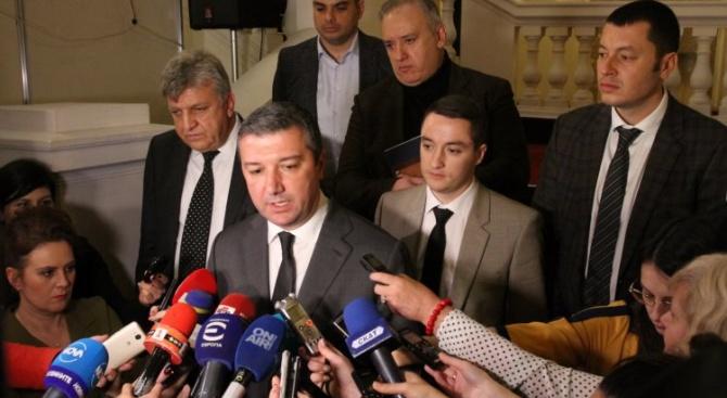 """БСП представя пред """"Воля"""" мотивите си за вота на недоверие към кабинета"""