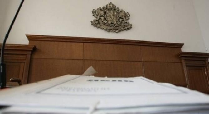 На втора инстанция: 9 години затвор за турчина, убил двама мотористи на пътя