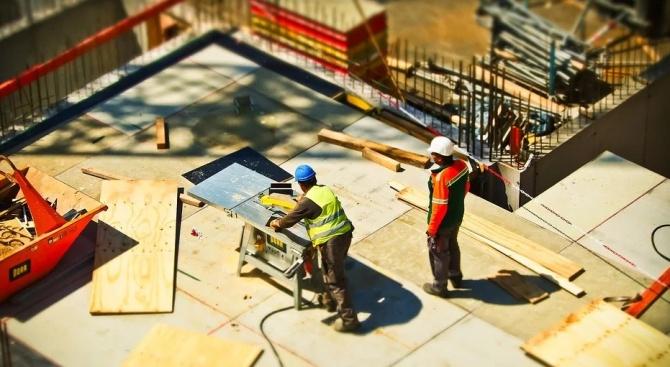 Евростат отчита скок в строителния сектор в целия ЕС, освен в България