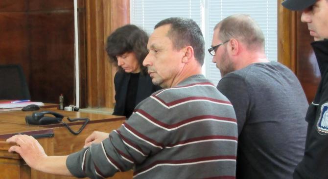 Русенският съд остави в ареста бомбаджията Митко Митев от Ветово