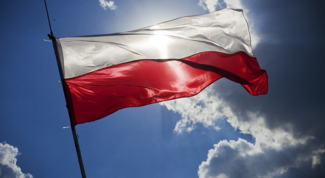 Полският Сенат отхвърли спорен законопроект