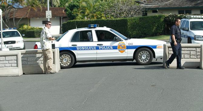 Нападател застреля двама полицаи на Хаваите