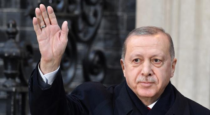 Ердоган: Турция се превърна в ключ за мира в Либия