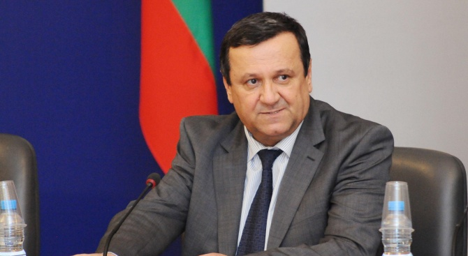 Хасан Адемов коментира как да преборим фалшивите болнични