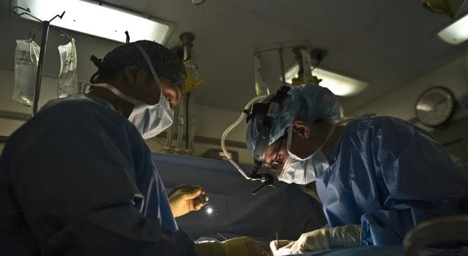 "Две бъбречни трансплантации тази нощ в УМБАЛ ""Аблександровска"""