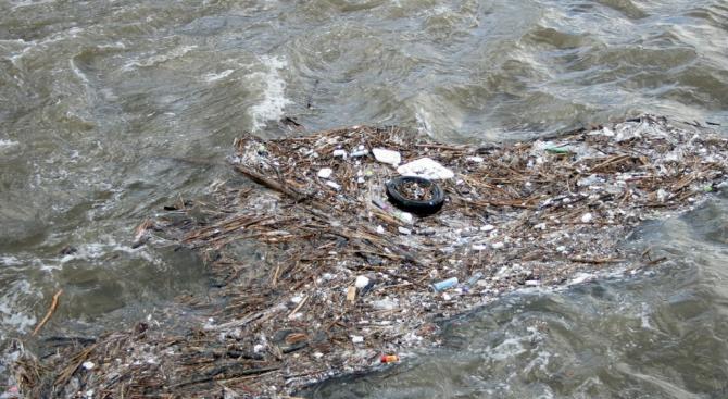Установено е нерегламентирано заустване на отпадъчни води в Силистра